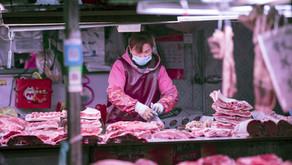 Aumento de las importaciones de carne en China a medida que los contenedores pasan por aduanas