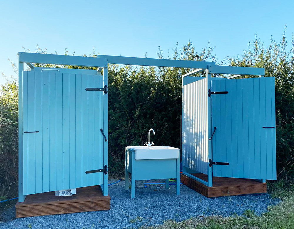 Glamping shower and toilets