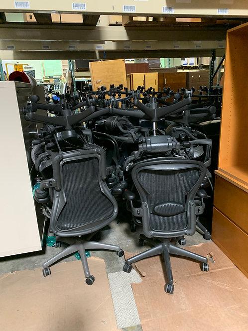 HermanMiller Aeron Office Chair (Size B)