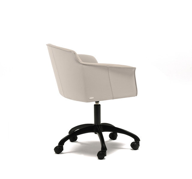 Dining Chair - Tyler Wheels ARMCHAIR.jpe