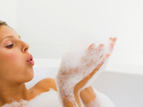 How Bubble Baths Can Improve Your Health and Well-Being
