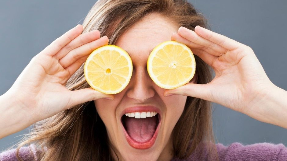 Lemon Power: How this little fruit can make you happy and healthy!