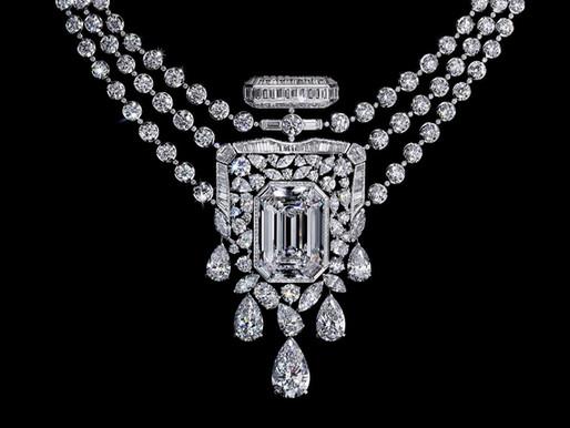 【55.55卡八角形美鑽】百年傳奇 CHANEL 香水N°5 化身最華麗的頸鏈