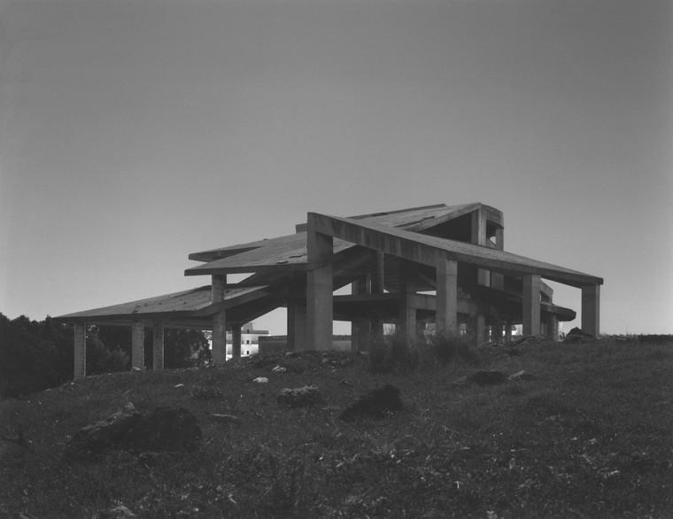 Seriam as construções abandonadas ruínas da modernidade?