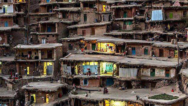 Masouleh: Conheça a cidade onde as ruas são em cima das casas