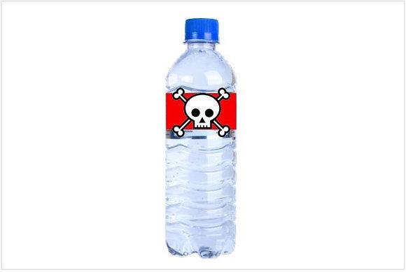 SU008: 1un Rótulo para garrafa pequena pirata