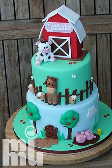 Bolo aniversário animais da quinta