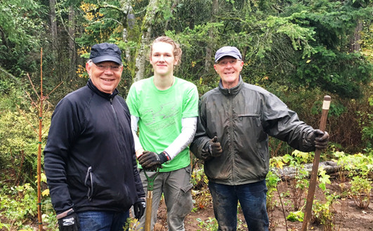 Planting day 2018 Grant & Mark.jpg