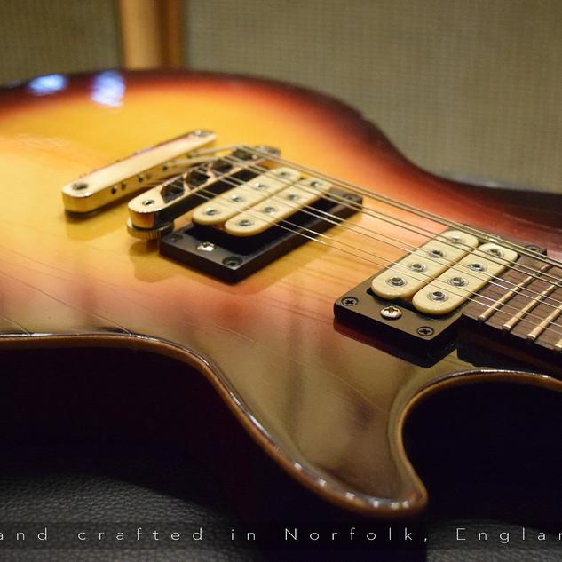 Belmuse LP 8 String Junior 'Spruce'