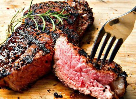 Churrasco sem culpa: carne vermelha faz bem à saúde