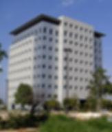 מבנה משרדים בית תדהר רעננה