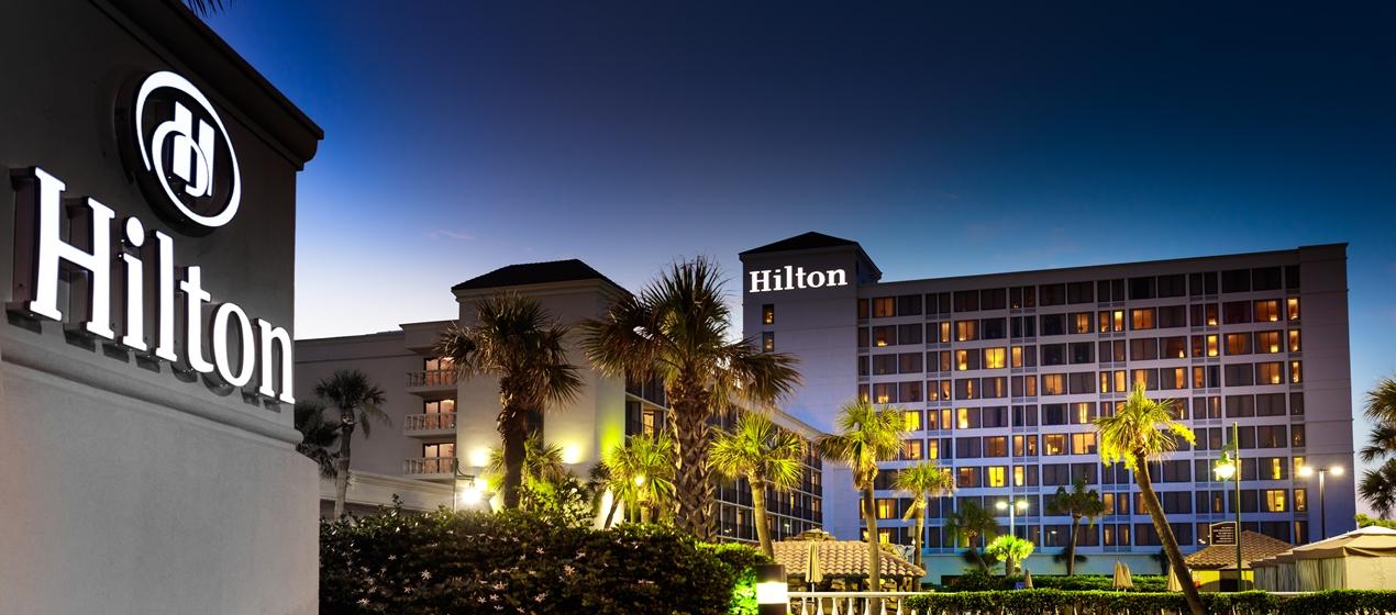 Анализ акций Hilton.