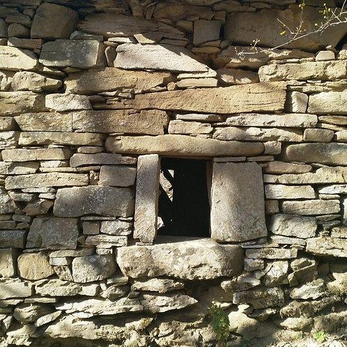 Fiammineda: Il Borgo alle Pendici di Monte Pizzo