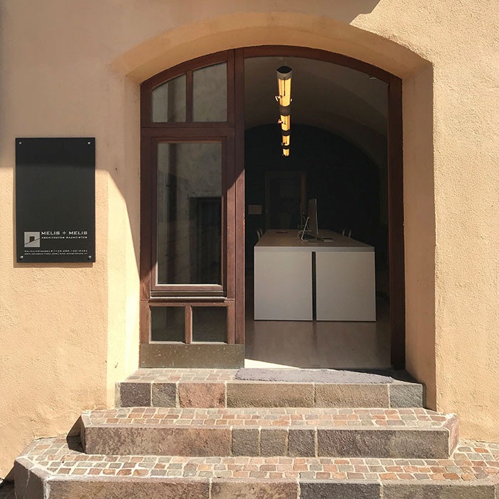 Eingang Melis + Melis Architekturbüro