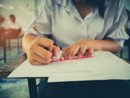 Pour que votre enfant en finisse avec le stress des examens!