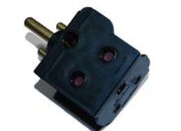 2 way 15 amp Adaptor - Encore Squelly 2