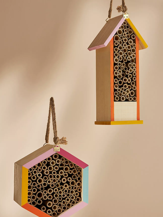 BeeHouse-all.webp