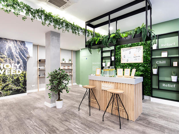 Inspiring and educational physical stores for Beleaf