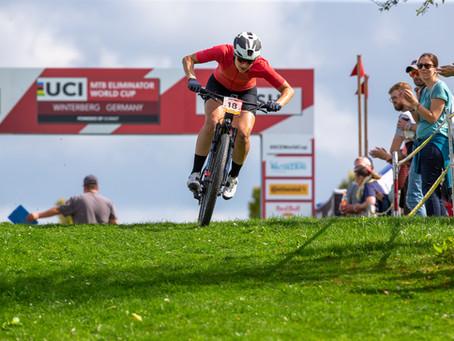 Die Deutsche Marion Fromberger fährt auf das Weltcuppodium