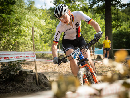 Women mountain bikers qualify for the World Championships