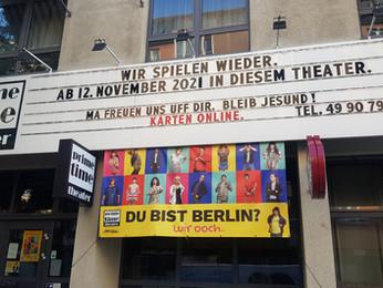 Ticketkasse im Theater wieder auf