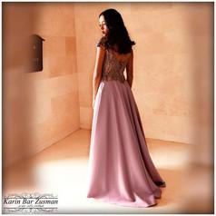 שמלת ערב ורודה מחורזת