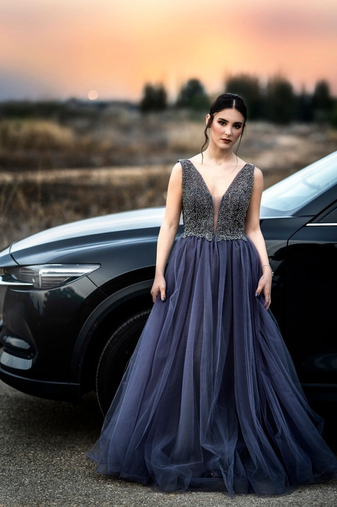 Gray evening dress with tulle