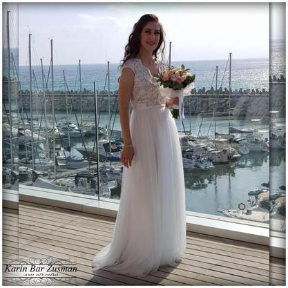 שמלת כלה טול משי  עם חריזה עדינה בטופ