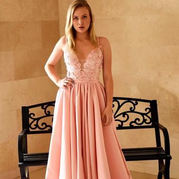 שמלת ערב ורודה עם פרחי תלת מימד