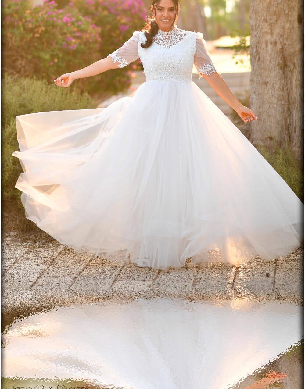 שמלת כלה צנוע עם צווארון עדין ושרוולים ט