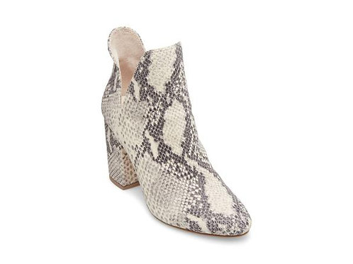 Rookie by Steve Madden