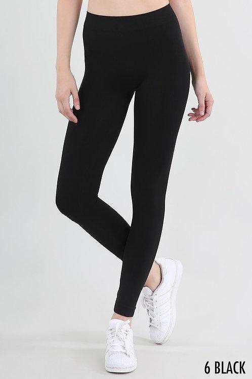 Basic Seamless Leggings by NikiBiki
