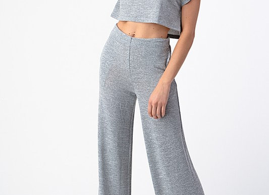 Classic cropped top and pant set