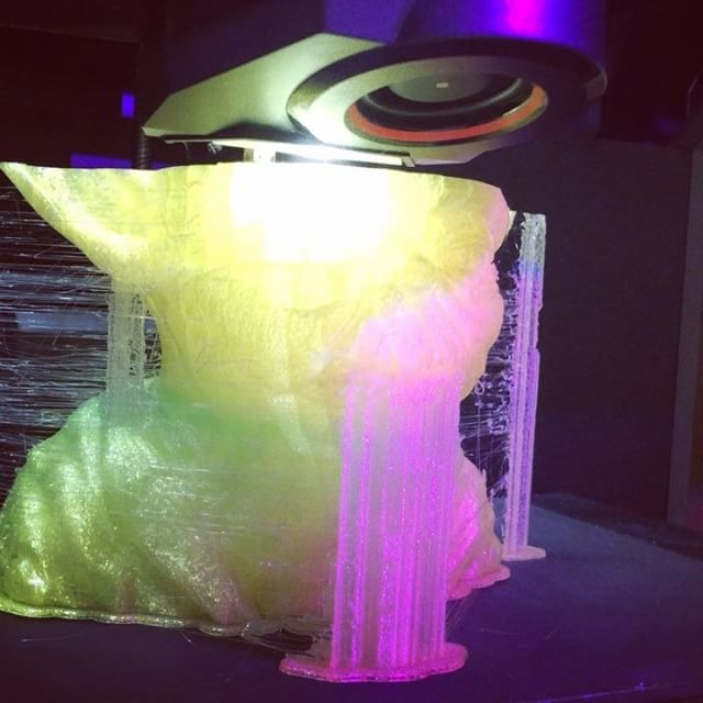"This Friday enter a raffle to win this gorgeous large 3D printed ""ALLAXIS3D"" Yoda at this year's ""Ne"