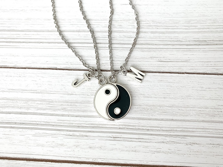 The Yin to my Yang Necklace Set
