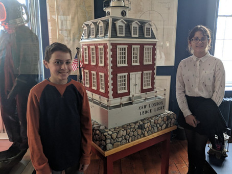 6th Grade Visits Custom House Museum