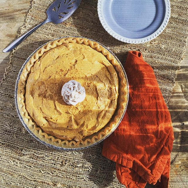 Last shot of the day! Pumpkin Vanilla Mousse Pie #yum #piegram #foodstyling #foodphotography #instaf