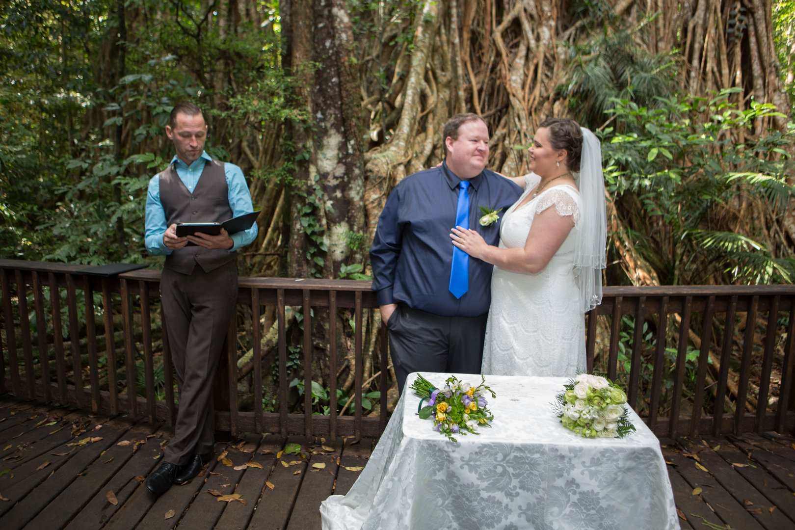 cairns wedding celebrant