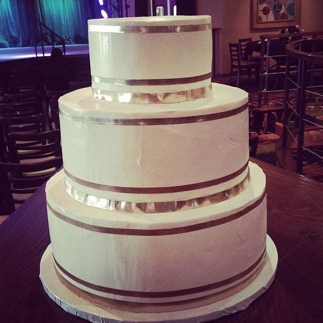Gold Ribbon Wedding Cake Fort Wayne