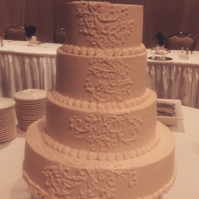Intricate Lace Wedding Cake Fort Way