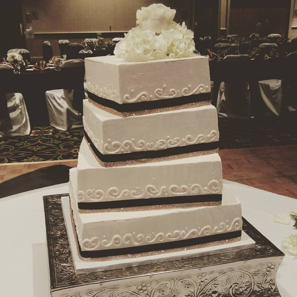 Square Wedding Cake Fort Wayne
