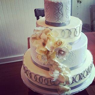 Wedding Cake Fort Wayne