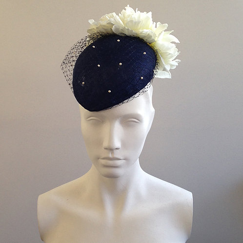 Catherine - Navy & Cream Veiled Beret