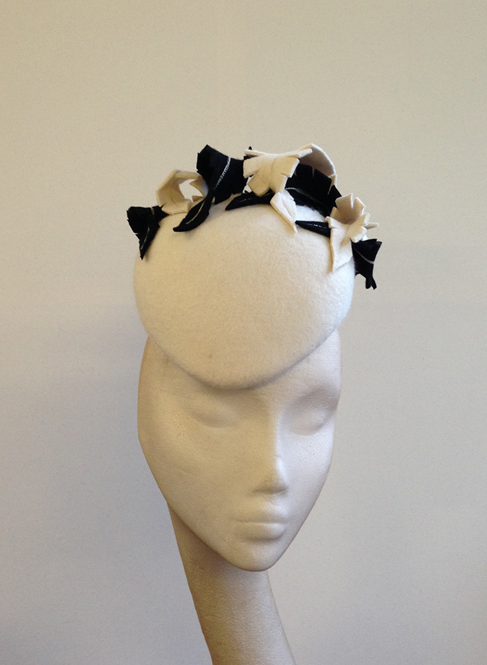 Ivory & Black Feather Beret