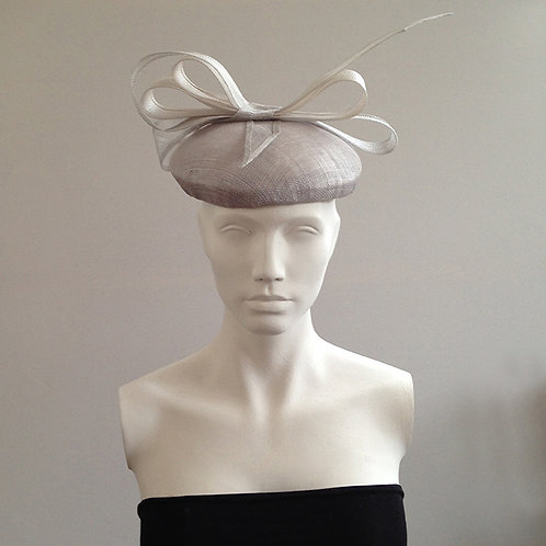 Henrietta - Silver Large Beret with Bow