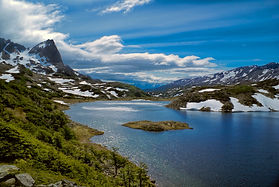 bigstock-Lake-On-Dientes-De-Navarino-813