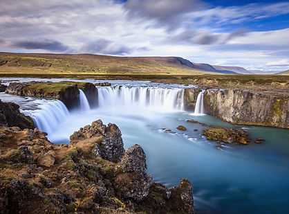 godafoss-waterfall-49114378.jpg
