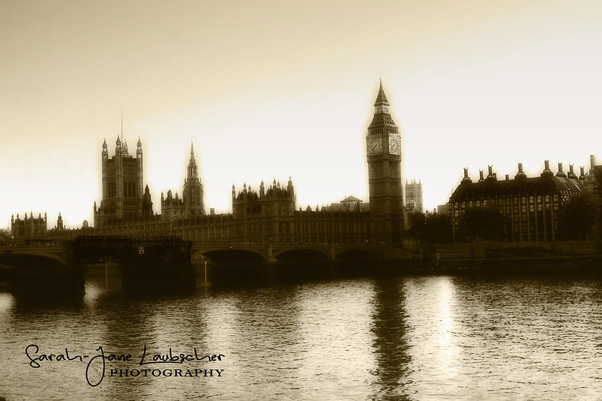 Big Ben and the Houses of Parliament.jpg