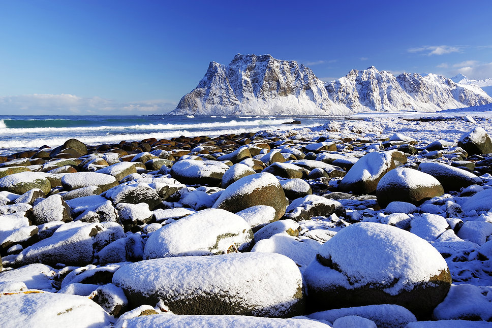 bigstock-Haukland-Beach-in-Lofoten-Arch-