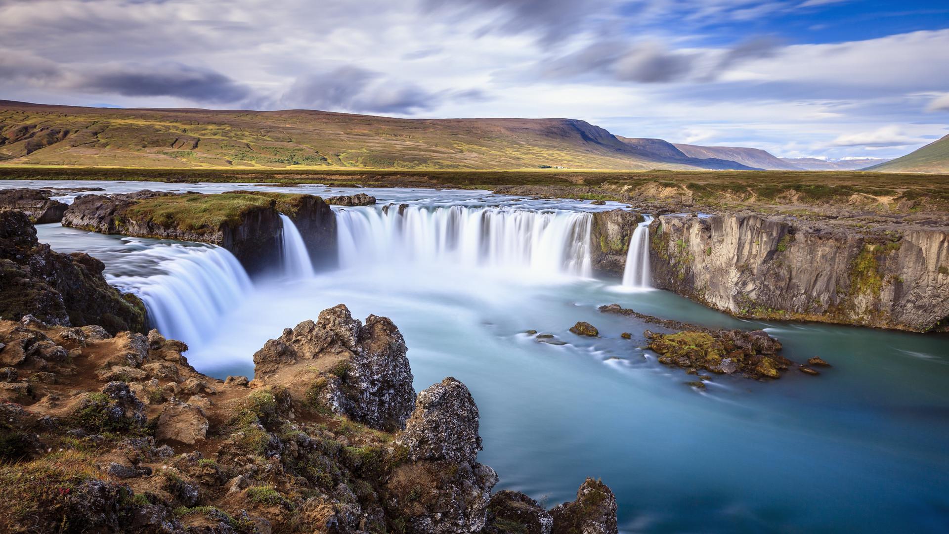 godafoss-waterfall - Iceland